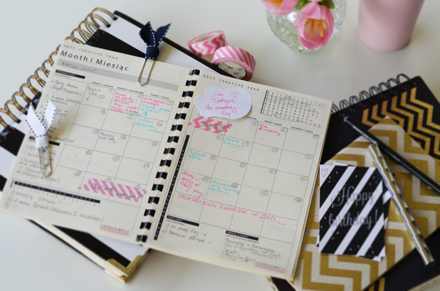 Declutter Checklist together with Charming Houses likewise Watch as well Diy 14 Plannerow Do Wydrukowania additionally Labrie Wedding. on love planner